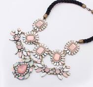 Pinkflowers necklace