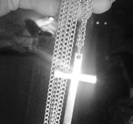Kors halsband långt
